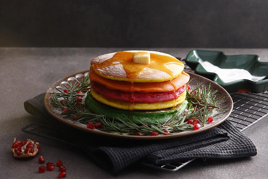 クリスマスにピッタリ!カラフルパンケーキ