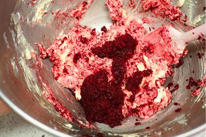 ベリーチーズクリームのビーツ・パウンドケーキ工程4