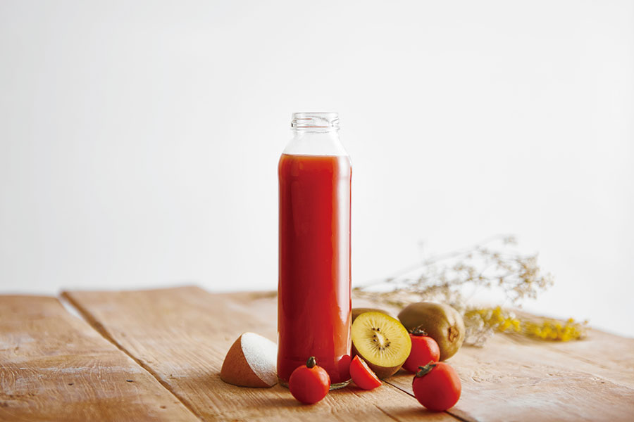 ミニトマトとキウイと梨のジュース