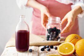 ブルーベリーとオレンジのジュース