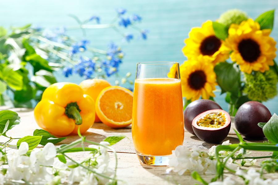 オレンジ×パプリカ×パッションフルーツのジュース