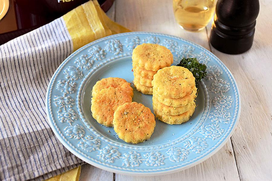 セロリ&キャベツのほろほろ野菜クラッカー