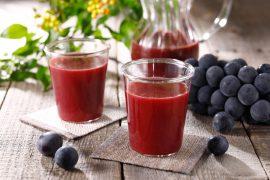 ブドウ・梨を使った秋のフルーツジュース