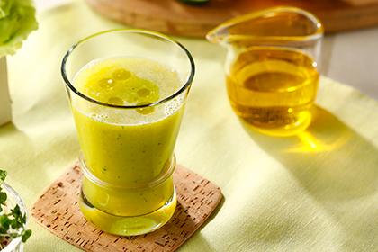 オリーブオイル×パイナップル・きゅうり・レモンジュース