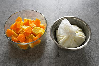 パインとオレンジのフローズンヨーグルト工程1
