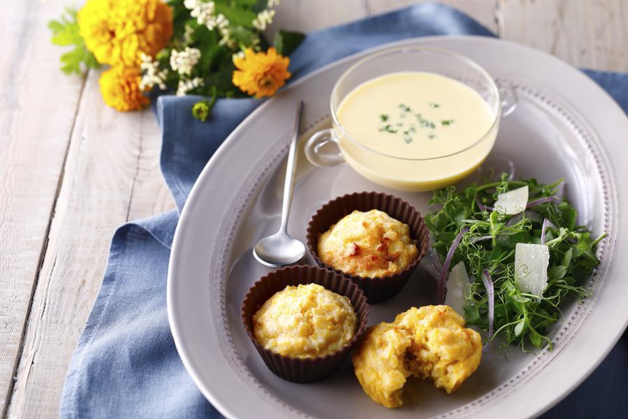 とうもろこしのもちもちマフィン&冷製スープ